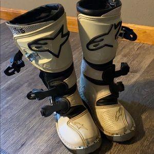 Alpinestars racing toddler boots.